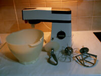 Kenwood Chef A901 Food Mixer In Working Order