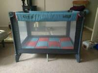 Graco Pack n Play Compact-travel cot