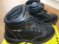 Dunlop safety steel toe boots