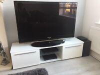 white tv unit in new condition 140cm wide