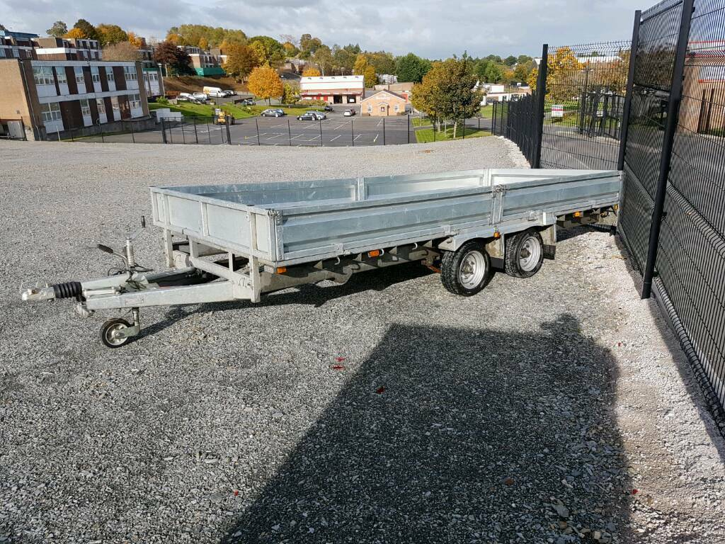 BIG PRICE DROP - 16ft indespension dropside trailer.