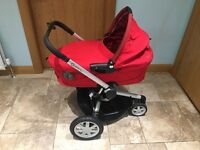 Quinny Buzz Stroller & Carrycot with covers, etc.