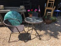 Round Garden/Patio Table and 2 Chairs