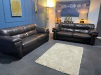 Gorgeous brown leather suite 4 seater sofas x 2
