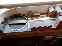 Portable model railway layout in 4 parts with controls