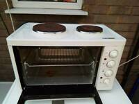 Mini Oven with two hobs