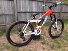 2009 Kona Stinky 15 Inch Small Frame Downhill Freeride Mountain Bike