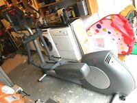 Life Fitness X9i Cross Trainer