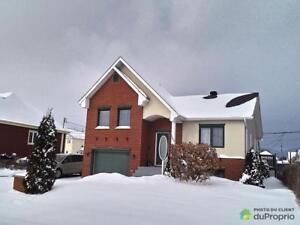264 900$ - Maison à un étage et demi à vendre à St-Jean-Bapt