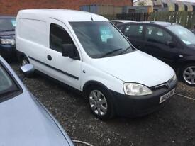 Vauxhall combo 1.7 diesel 04 reg long mot clean van no vat