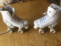White girls roller skates for sale size eur 34 (uk size 2)