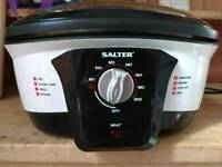 Salter 8 in 1 slow cooker excellent condition used once
