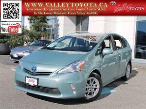 2013 Toyota Prius v Luxury Pkg (#332)