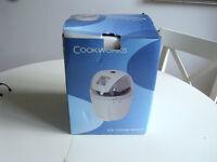 Lakeland Ice Cream maker brand new in box