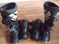 Wulf sport motocross boots and knee pads