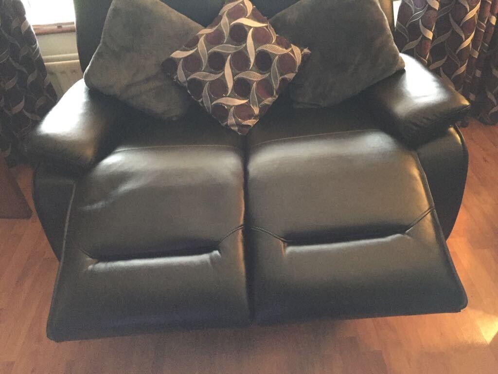 Black leather 2 setter recliner