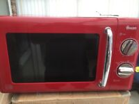 Swan SM22080r Retro microwave oven Red 700w 20litre fully tested as new