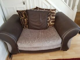 4 Seater Lounger + Cuddle Sofa