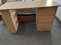 Desk 47.5W x 19.5L x 28.5H