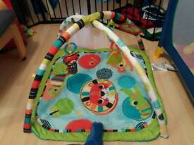 BABY PLAY MAY/ PLAY GYM