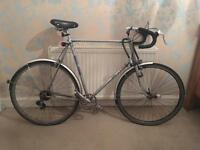 Large 26 inch hybrid men's bike for very tall man