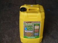 Everbuild Path and Patio Seal 25litre - helps keep the weeds at bay and adds a sheen to your paths