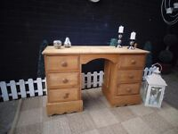 STUNNING ANTIQUE SOLID PINE FARMHOUSE DOVETAIL DOUBLE DESK/DRESSING TABLE VERY SOLID UNIT