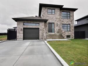 349 000$ - Maison 2 étages à vendre à St-Rémi