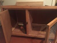 Rabbit/guinea pig hutch used hutch for sale