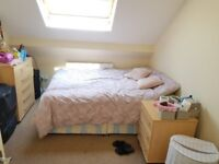 Double room to rent in Acton *all bills included plus wifi*