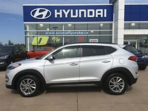 2016 Hyundai Tucson Luxury AWD, Nav, Power Lift Gate $177* BI-WE
