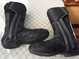 PUMA Gortex Motor cycle boots size 9 Eng.