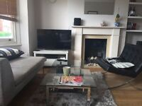 Large double bedroom in a friendly houseshare - amazing location - short term