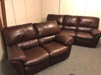 🏆🏆 TOP GRADE FULTONS ~ CHESTNUT BROWN FULL LEATHER ~ 3 & 2 RECLINING SOFAS SUITE