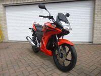 Honda CBF 125, 2010. Low Mileage. Fantastic Condition. Full years MoT. Ideal learner Bike.