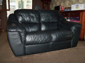 Black Leather 3 & 2 seater sofa's