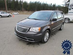 2015 Chrysler Town & Country Touring - Seats 7, 54,686 KMs