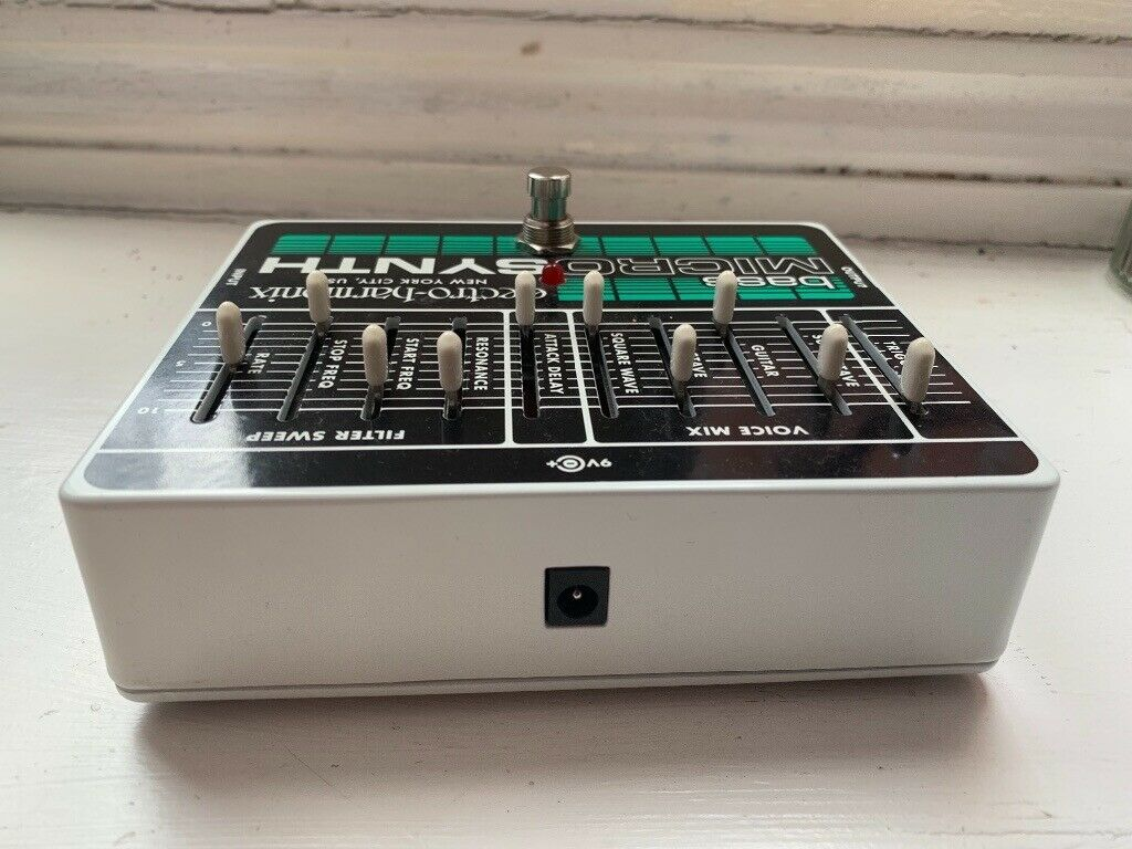 ehx bass micro synth pedal in kennington london gumtree. Black Bedroom Furniture Sets. Home Design Ideas
