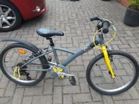 Childs 5 gear bike approx age 7