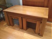 Set of 3 solid oak coffee tables