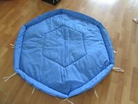 Mat for Lindam Hexagonal Playpen VGC