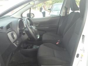 2014 Toyota Yaris LE 5-Door AT Cambridge Kitchener Area image 6