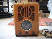 STEEPLETONE RADIO CASETTE PLAYER RETRO STYLE.