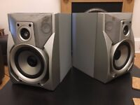 2x SONY SS-J70 Speakers