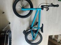 Ruption new boy bmx bike size 18