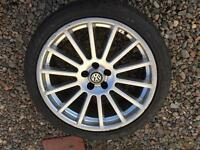 "18"" Alloys with tyres CHFOX3-8 8Jx18H2"