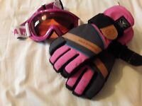Ski goggles and gloves girl age 10-12