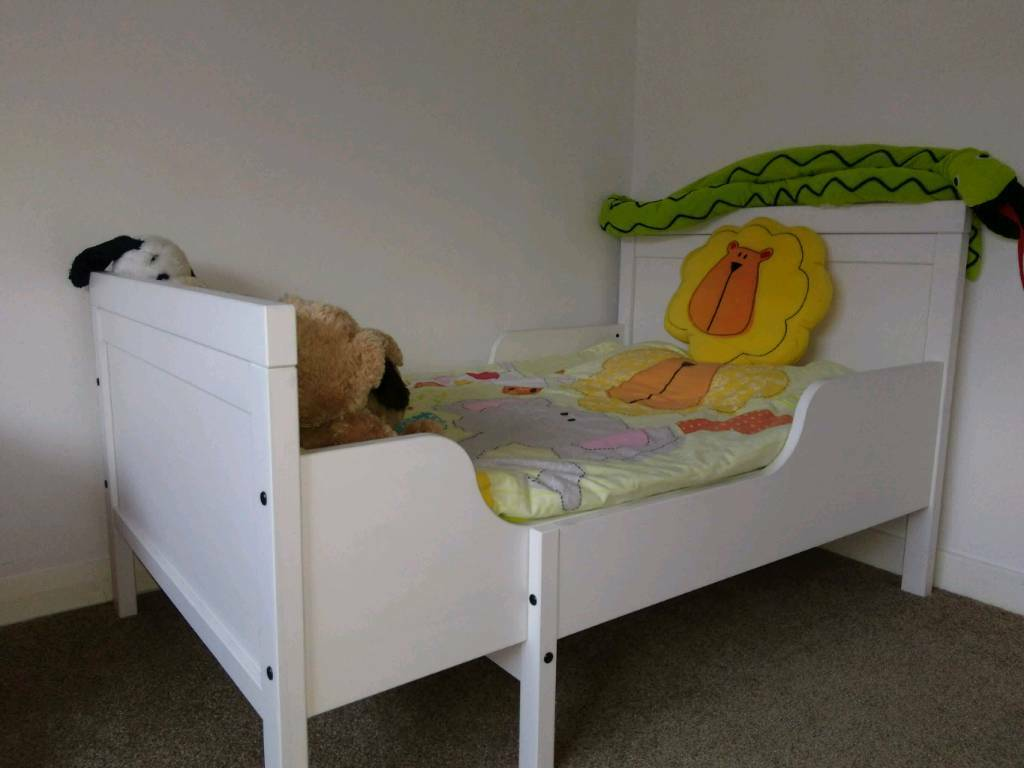 Ikea Sundvik Children S Extendable Bed