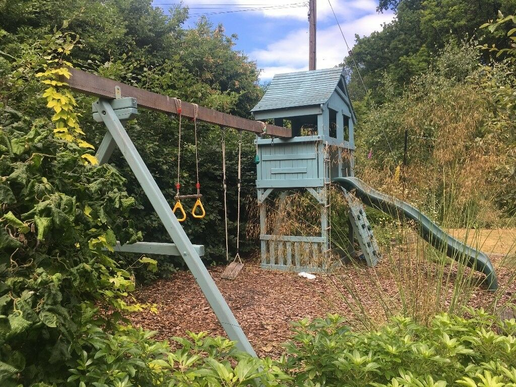 Wooden Climbing Frame / Playhouse.. Rainbow Cottage & Cabin | in ...