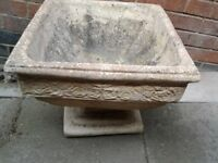 Concrete planter/plant pot